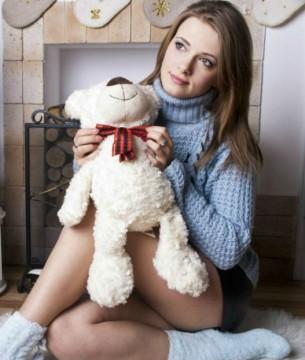 BingBabe with teddy